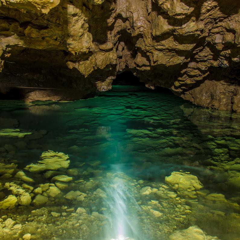 Line under water